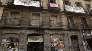 ¿Puedo repercutir a un inquilino de renta antigua gastos de mejora en el edificio?