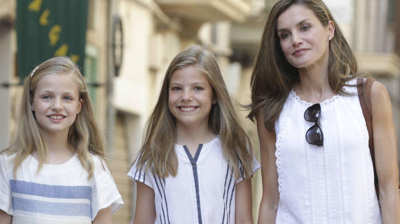 Leonor, Sofía y Letizia, este verano. (Gtres)