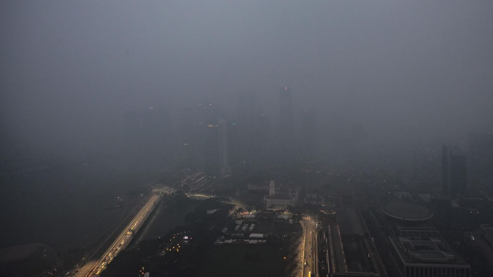 Cuando 50 millones de euros no frenan la amenaza de una nube tóxica en la F1