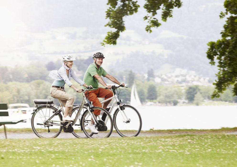 Foto: Montar en bici es cada vez más popular entre las personas de mediana edad. (Corbis)