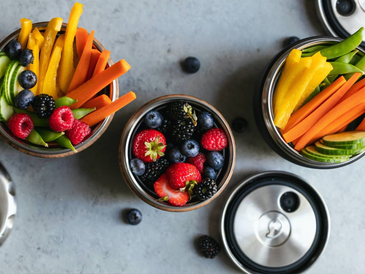 Foto: Snacks saludables para picar entre horas. (S'well para Unsplash)