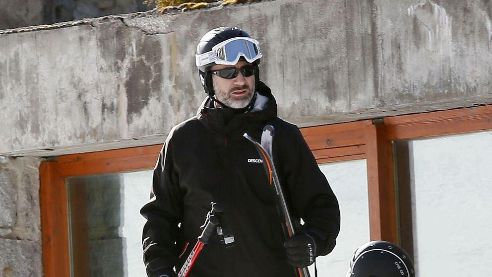 El Rey vuelve a esquiar a Baqueira sin Doña Letizia