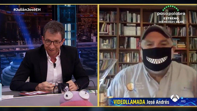 El chef José Andrés, en videollamada con Pablo Motos. (Atresmedia)