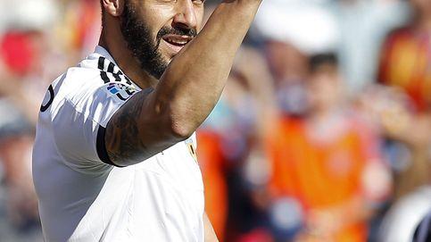 Negredo da un respiro al Valencia en el descuento ante su exequipo