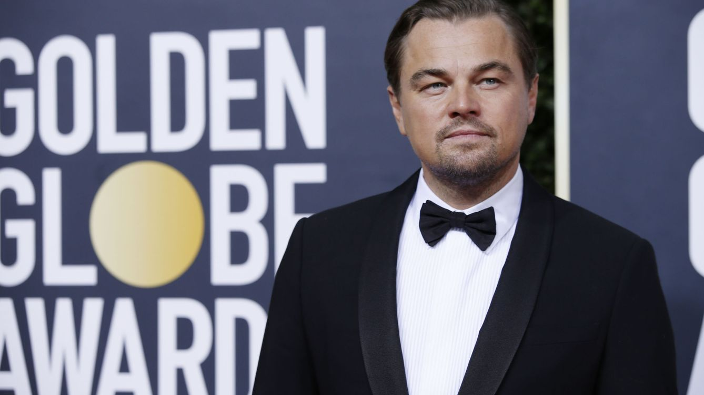 Leonardo DiCaprio rescata a un náufrago y las redes rememoran el final de 'Titanic'