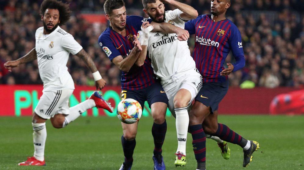 Foto: Madrid y Barça en el Camp Nou. (Reuters)