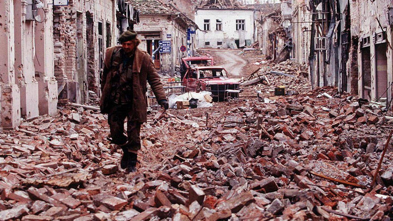 La ciudad croata de Vukovar, en 1991, tras los ataques del ejército serbio.