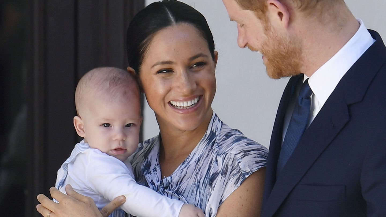 Los duques de Sussex con su hijo Archie. (EFE)