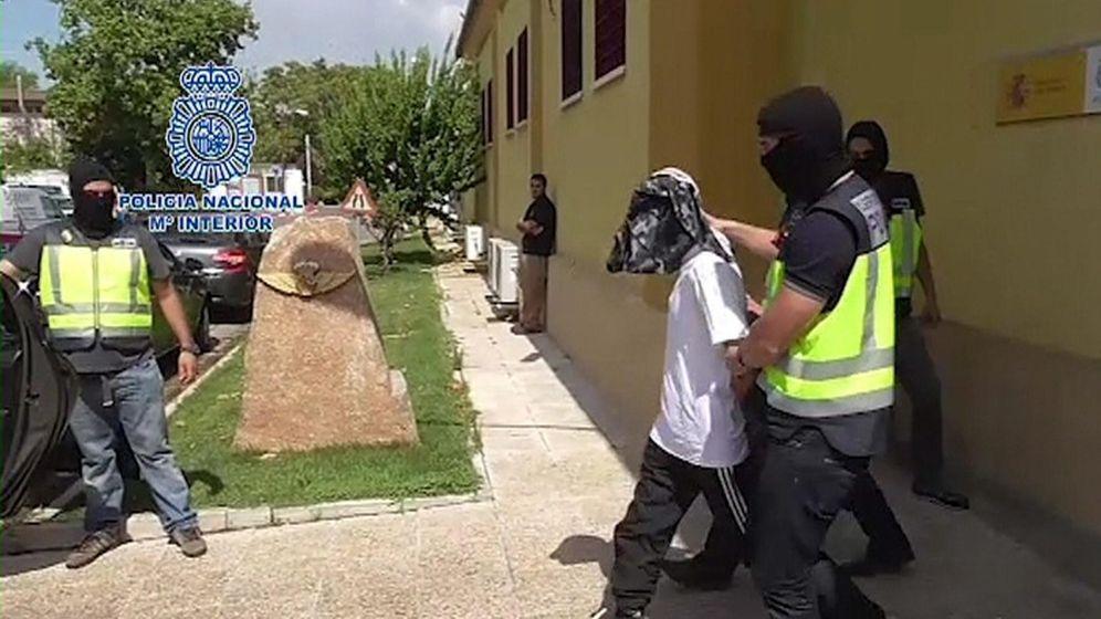 Foto: Detención del presunto yihadista en Melilla (EFE)