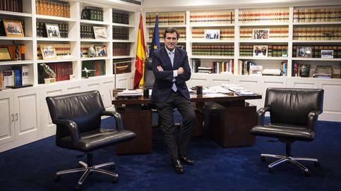 Yo no hablo con una ministra comunista, hablo con una ministra del Gobierno de España