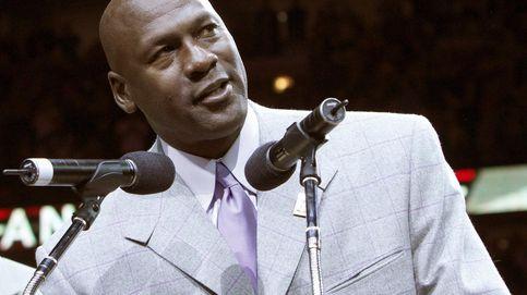 Michael Jordan levanta la voz como estadounidense y como hombre negro