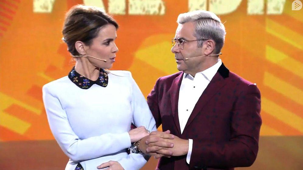 Foto: Carme Chaparro con Jorge Javier Vázquez. (Mediaset España)