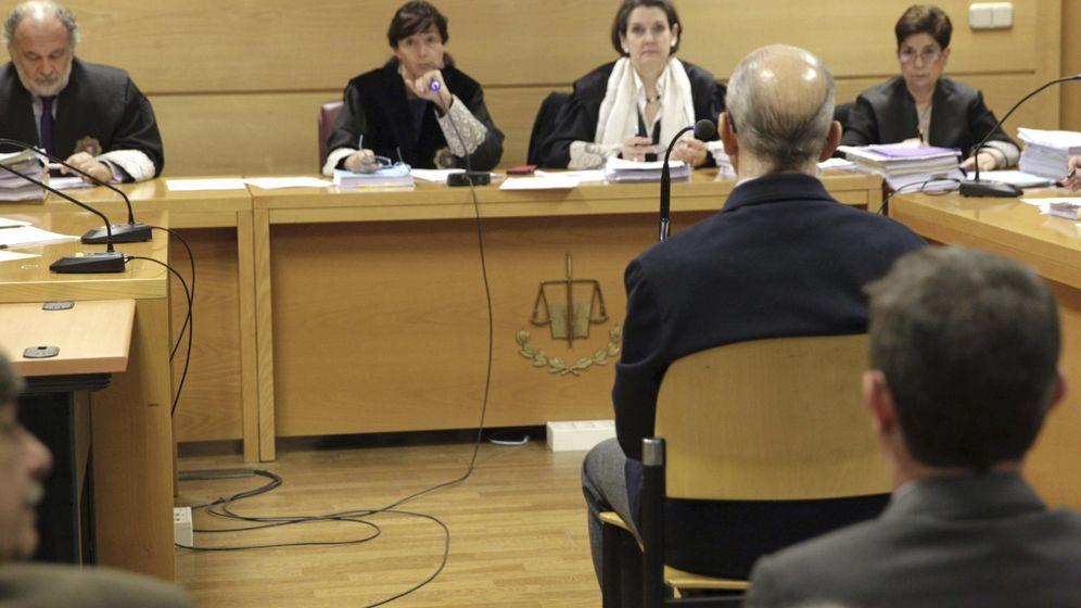 Foto: Vista de extradición en la Audiencia Nacional del exinspector Juan Antonio González Pacheco, 'Billy el Niño', reclamado por Argentina por torturas en el franquismo. (EFE)