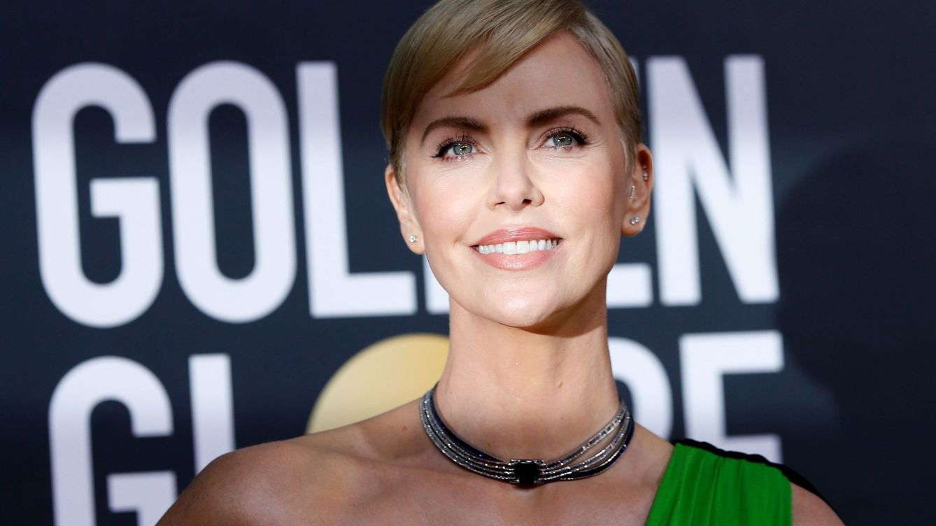 El aceite capilar que une a Charlize Theron y a Reese Witherspoon ya puede ser tuyo