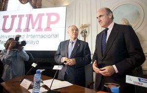 Guindos hará una ley de auditoría tras la sanción a Deloitte en Bankia
