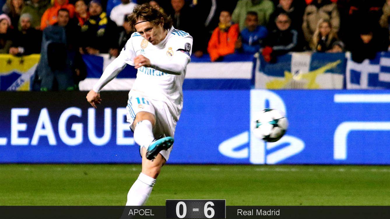 Foto: Modric engancha la volea para hacer el 0-1. (Reuters)