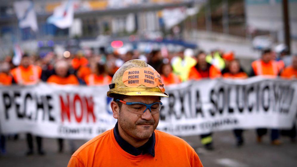 Foto: Protestas de los trabajadores de Alcoa (Efe)