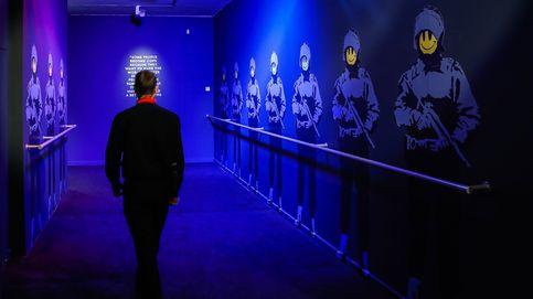 Nieva en Milán y nueva exposición de Banksy: el día en fotos