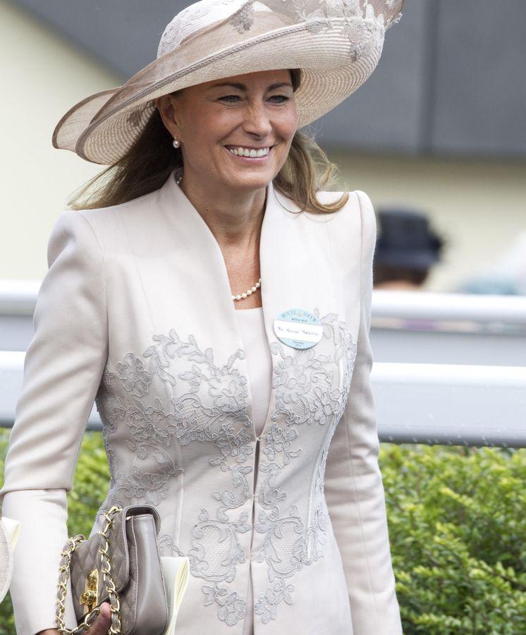 La madre de Kate Middleton niega, vía burofax, una crisis ...