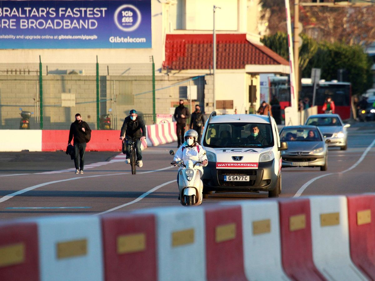 Foto: Paso fronterizo con Gibraltar. (EFE)