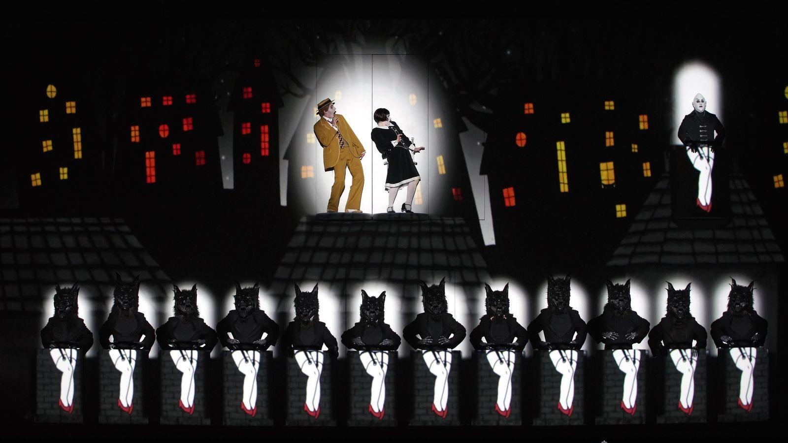 Foto: 'La flauta mágica' más cinematográfica visita el Teatro Real (Javier del Real)