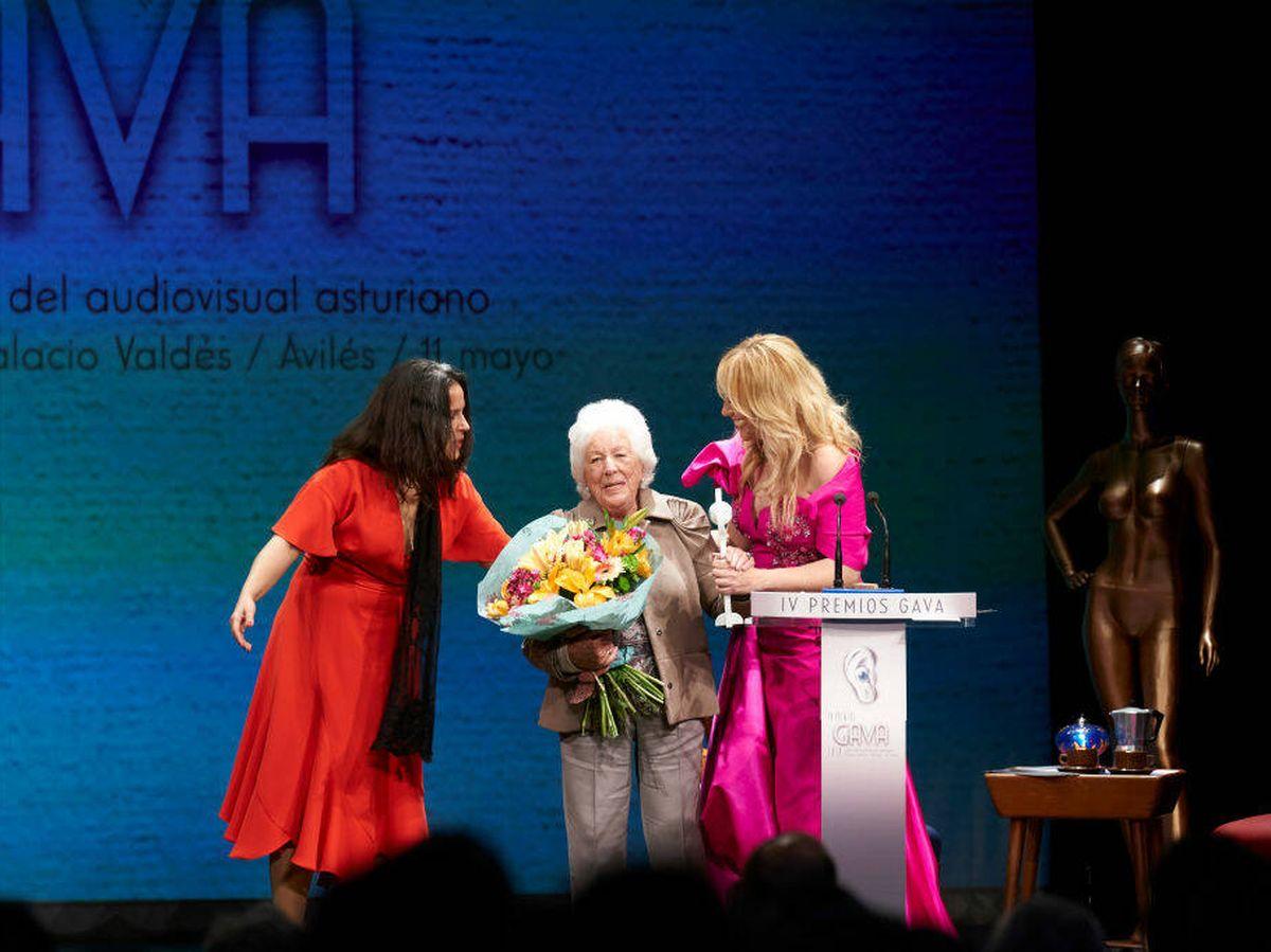 Foto: La reina Letizia, recibiendo su premio. (Getty)
