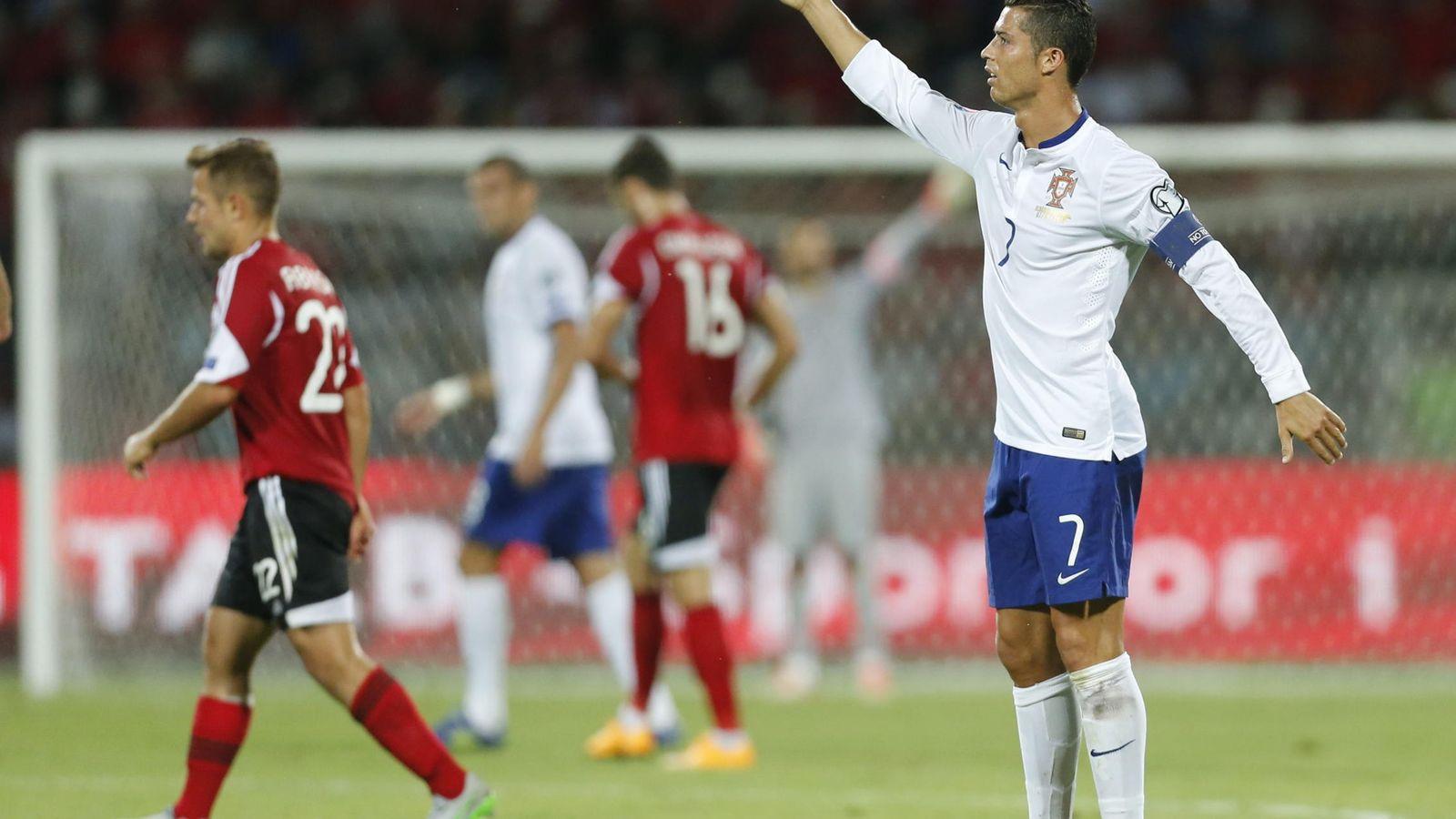 Foto: Cristiano Ronaldo, en el partido ante Albania (Efe).