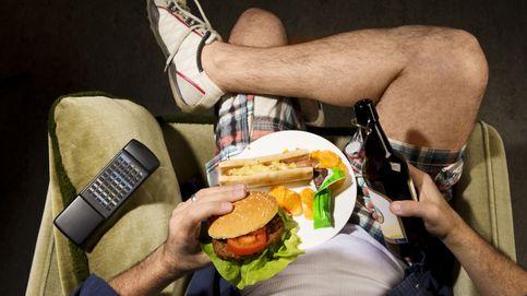¿Un kebab al volver de fiesta? Por qué el alcohol da ganas de comida basura