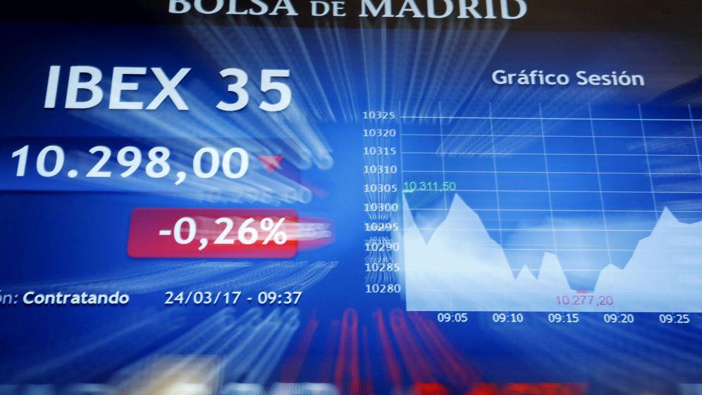 Foto: Panel en la Bolsa de Madrid. (EFE)