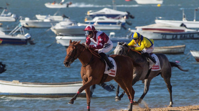 Las famosas carreras de caballos de Sanlúcar. (EFE)