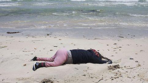 Encuentran decenas de cadáveres de inmigrantes en una playa de Libia