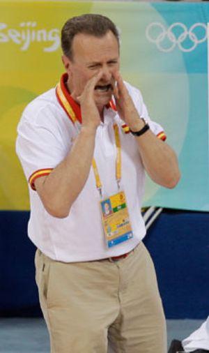 """Aíto García Reneses: """"Creíamos que habíamos ganado a China antes de jugar"""""""