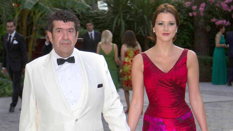 Foto: José María Gil Silgado y su novia, la ex Miss María Jesús Ruiz (Gtres)
