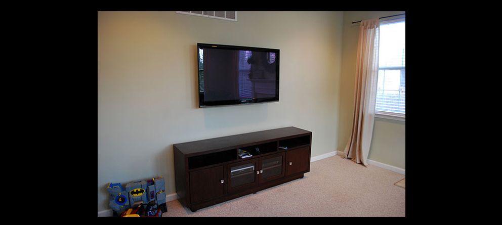 Oculta lo que te moleste en casa fotogaler as de vivienda - Tv en la pared ...