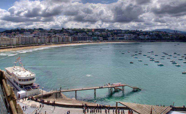 La bahía de la Concha desde la subida a Urgull. Foto: Euskadi Turismo