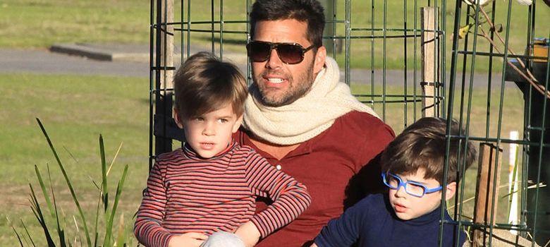 Foto: Ricky Martin y sus hijos el pasado mes de mayo en Sydney. (I.C.)