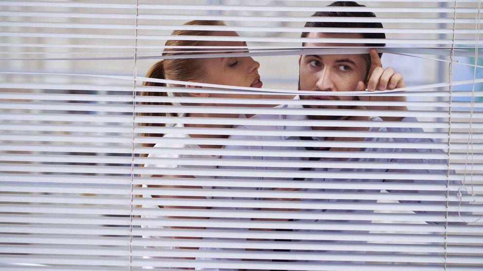 Cómo descubrir las relaciones sexuales ocultas en tu oficina. Porque las hay
