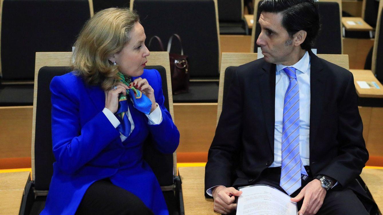 Telefónica advierte del riesgo por el elevado nivel de deuda pública acumulada por España