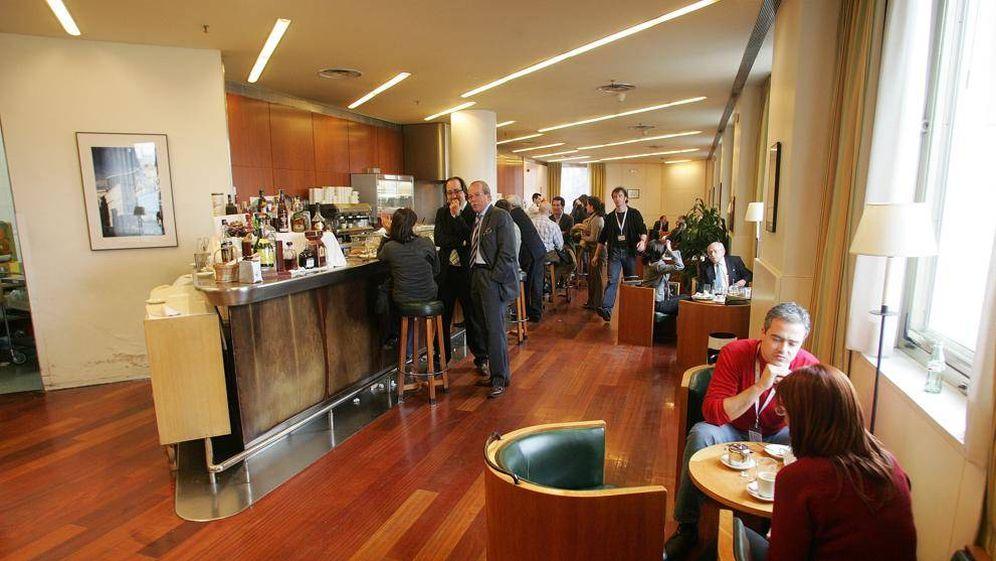 Foto: Cafetería del Congreso de los Diputados. (LV)
