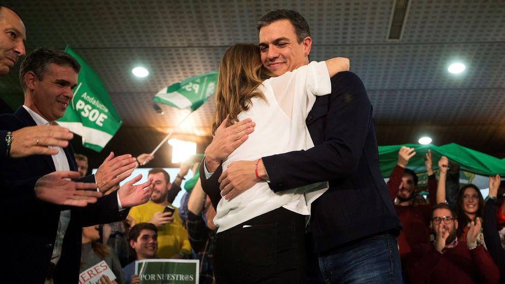 Foto: La candidata a la reelección de la presidencia de la Junta, Susana Díaz, y el presidente del Gobierno y secretario general del PSOE, Pedro Sánchez. (EFE)