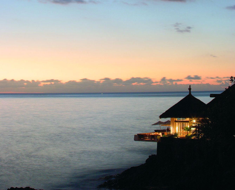 Foto: El hotel tinerfeño Jardín Tropical tiene una piscina en las rocas y vistas a La Gomera