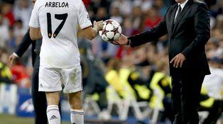 Los laterales del Real Madrid no convencen a Carlo Ancelotti