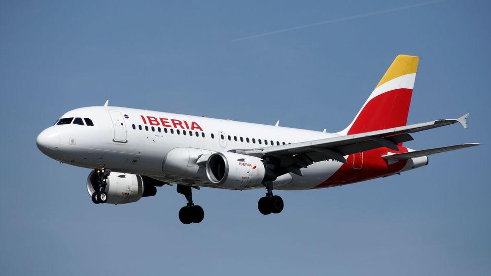 Foto: Un avión de Iberia aterriz en el aeropuerto de París. (Reuters)