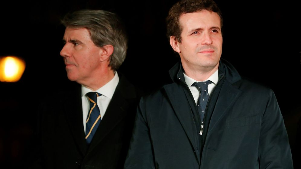 Foto: El presidente del PP, Pablo Casado, junto al expresidente de la Comunidad de Madrid Ángel Garrido. (EFE)
