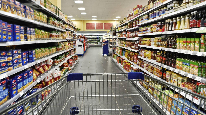 Productos comestibles en un supermercado (iStock)