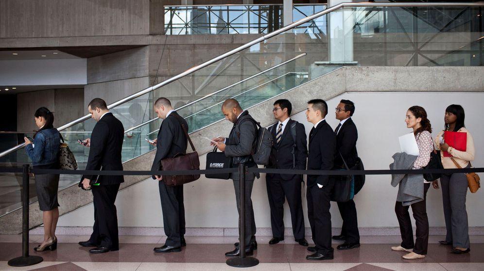 Foto: La lista de personas que tratan de encontrar empleo no deja de crecer cada día (Reuters/Andrew Burton)