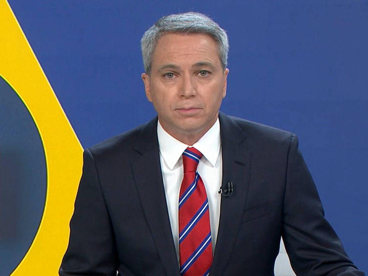 Foto: Vicente Vallés, en 'Antena 3 noticias'. (Atresmedia)