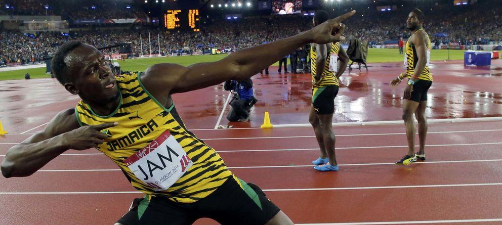 Foto: Bolt celebra la victoria con su pose habitual de campeón (Reuters).
