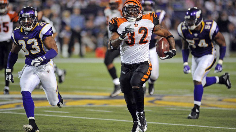 Foto: Cedric Benson, durante un partido de la NFL con los Cincinnati Bengals (EFE/Craig Lassig)