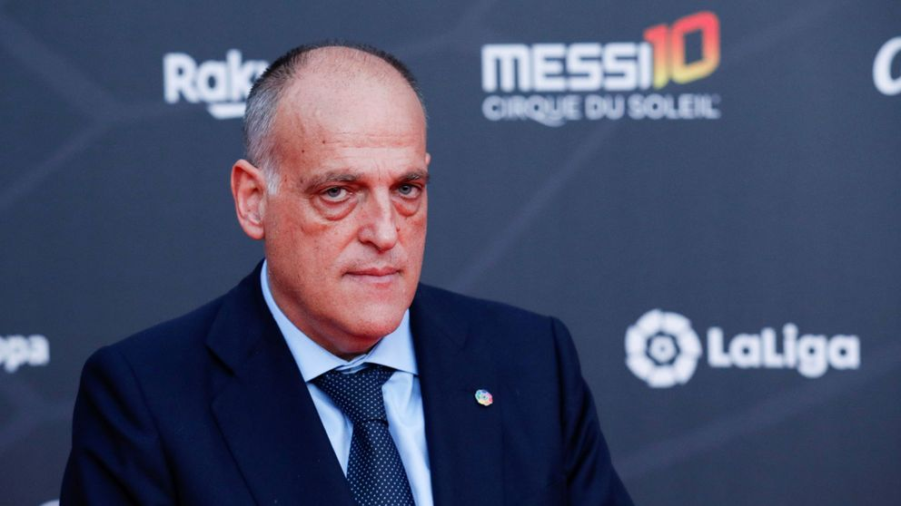 Del 'Aló presidente' de Tebas al total control informativo: así es el fútbol para la prensa